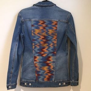 NEW LuLaRoe Jaxson Size XS Jean Jacket Embroidered